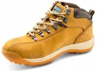 Click Traders SBP Chukka Boot In Honey With Steel Toe Cap And Mid Sole